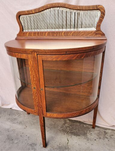 Mission / Arts & Crafts Oak Bowed Glass China Cabinet Console Sideboard LA Area