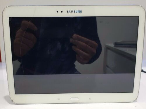 Samsung Galaxy Tab 3 GT-P5210 16GB Wifi SOLD AS IS/Crack Screen/Do not power on