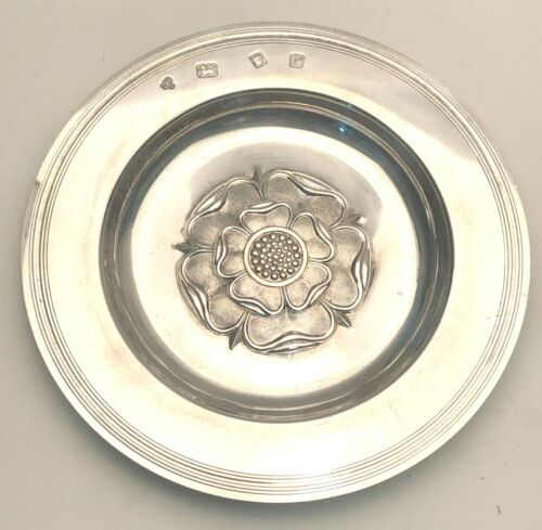 """English Sterling Silver 5.75"""" Dish with Flower in Center, very pretty"""