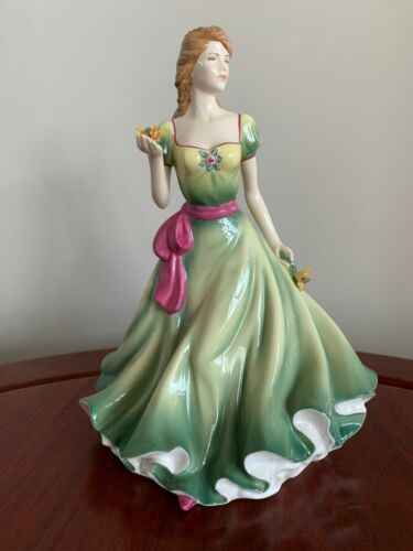 """Royal Doulton Figurine """"Spring Stroll"""" - HN 5255 - Exquisite Detail!"""
