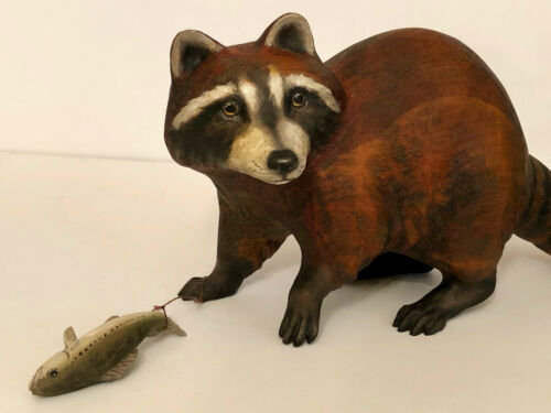 VINTAGE FOLK ART RACCOON WITH FISH.  HAND CARVED. CRATE PROSPECTS.
