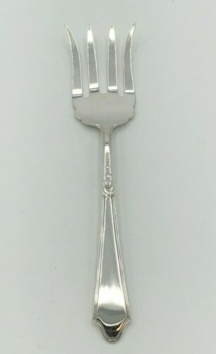 """Chateau/ Chateau Thierry by Lunt Sterling Silver small Meat or Beef Fork 6 1/8"""""""