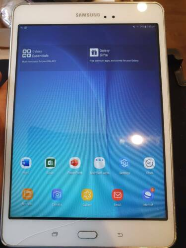 Samsung Galaxy Tab A SM-T350 16GB, Wi-Fi, 8in, White with Case and new Earphones