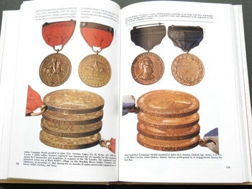 """""""CALL OF DUTY"""" US CIVIL WAR WW1 WW2 MEDALS REFERENCE BOOK Rare Award DecorationsMedals & Ribbons - 4724"""