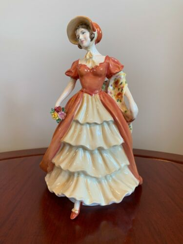"""Royal Doulton Figurine """"Lady Victoria May"""" - HN 5131 - Stunning Numbered Edition"""