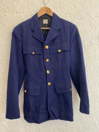 1943 Dated RAAF WWII issue uniform Jacket wIth QEII Buttons & Colour Patch1939 - 1945 (WWII) - 13977