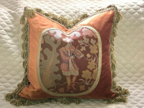 CHARMING ANTIQUE FRENCH NEEDLEPOINT TAPESTRY PILLOW ~ VIOLINIST woolwork sampler
