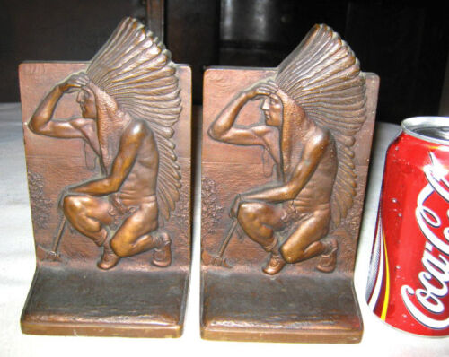 ANTIQUE BRONZE USA ART SCULPTURE STATUE INDIAN EAGLE FEATHER TOMAHAWK BOOKENDS