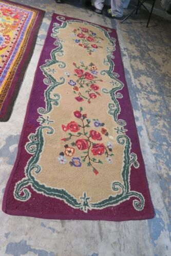 """Antique / Vintage Primitive American Hand Hooked Rug Runner  2'9"""" x 7'9"""" Fabric"""