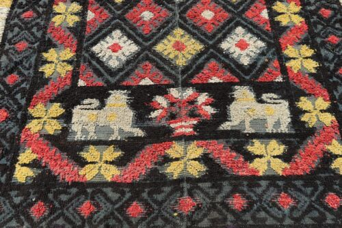 VERY RARE ANTIQUE 1800s SPANISH LION EMBROIDERY PORTUGAL TABLE RUG TAPESTRY !!!
