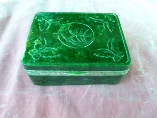 OLD CHINESE SPINACH JADE AND SILVER BOX ADORNED W BUTTERFLIES & BAMBOO LEAVES