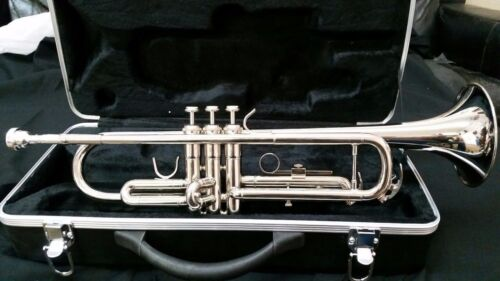 TRUMPET-BANKRUPTCY-NEW STUDENT TO INTERMEDIATE CONCERT SILVER BAND TRUMPETS   <br/> GREAT PLAYING-PERFECT FOR SCHOOL BAND AND CONCERTS.