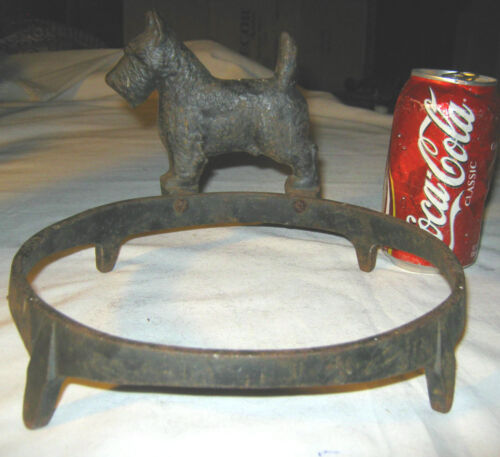 ANTIQUE HUBLEY USA # 305 CAST IRON RING DOG FOOD WATER BOWL STAND HOLDER BRACKET