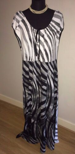 NWT SIGNATURE EXPERIENCE & WHITE PATTERNED STRETCH MAXI DRESS SIZE XXL RRP £89
