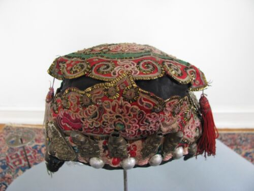 OLD CHINESE HAT CHILD TRIBAL DONG FESTIVAL 5 SILVER IMMORTALS HAND EMBROIDERY