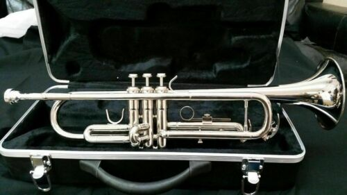 TRUMPETS-BANKRUPTCY SALE-NEW INTERMEDIATE SILVER CONCERT BAND TRUMPET-B FLAT <br/> FEATURED IN THE USA 2020 NAMM SHOW FOR SCHOOL BANDS