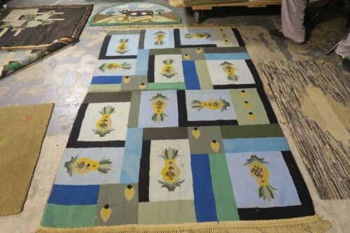 Vintage Primitive Antique American Hand Made Hooked Rug Wool 4'3 x 6'4 Pineapple