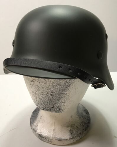 WWII GERMAN M40 COMBAT FIELD HELMET- 68 SHELL, 60 LINERGermany - 156432