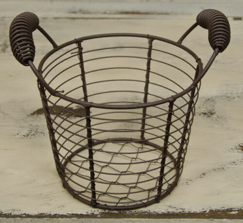 SMALL RUSTIC CHICKEN WIRE EGG BASKET PRIMITIVE COLONIAL AMERICANA SWEET!!