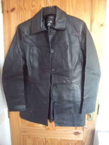 EAST 5TH BLACK LEATHER FITTED JACKET  SMALL           10/12?   EAST FIFTH