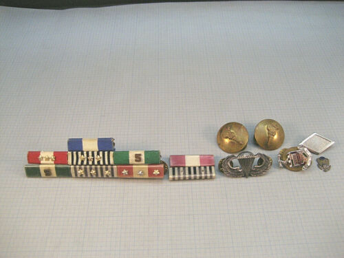 Vintage US Military Medal Ribbons Bars Pins Army ROTC Collar Disc Airborne WingsMedals, Pins & Ribbons - 104024