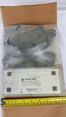 Black Box AC056A-R2 - VGA 2-channel Video Splitter - Unused (Dirty Packaging)