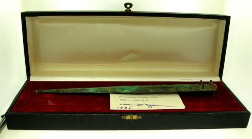 EX. MOSHE DAYAN COLLECTION-CANAANITE BRONZE WEAPON-PROVENANCE - MUSEUM EXHIBITEDHoly Land - 162917