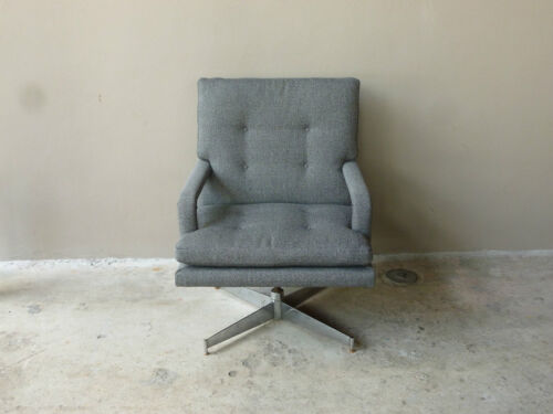 70'S DIRECTIONAL MILO BAUGHMAN FAT AND DEEP DESK CHAIR WITH CHROME BASE RESTORED