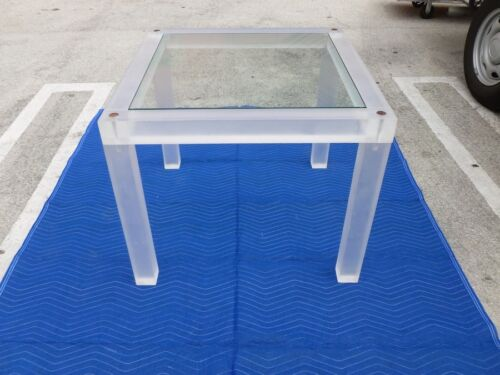 70'S MOD DESIGNER SPACE AGE THICK LUCITE CARD TABLE WITH GLASS TOP