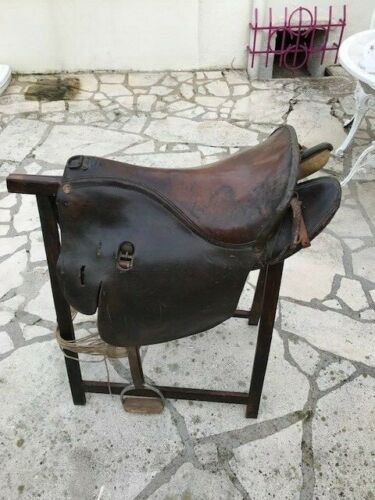 SELLE MILITAIRE cavalerie -  Horse Saddle - Military cavalry saddle leather