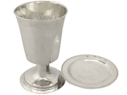Antique William III Sterling Silver Communion Chalice and Paten Set, 1690s