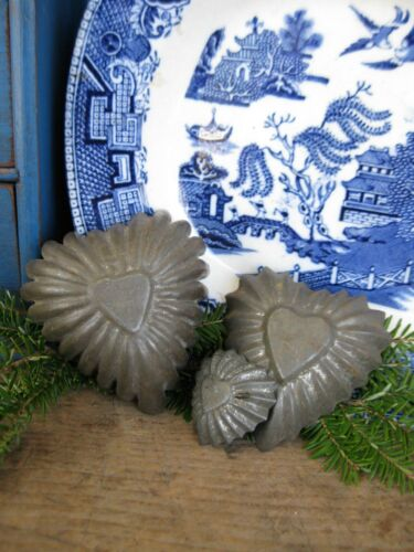 Set of 3 Sizes Antique Dark Tin Heart Molds