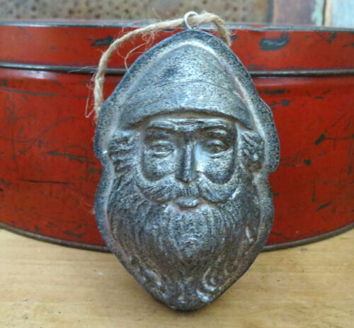 Primitive Antique Metal Tin Style Christmas Santa Claus Chocolate Mold Figurine