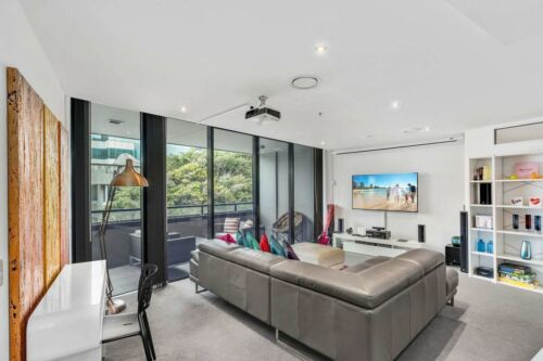 GOLD COAST ACCOMMODATION Circle on Cavill 7Nts $1150 2 Bedroom Entertainer+Wifi