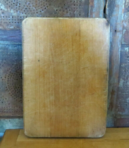 Old Primitive Wood Farmhouse Cutting Board Rectangle w Decorative fancy edge