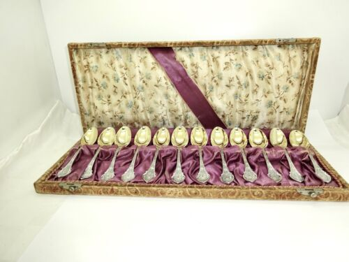 12 ANTIQUE WOOD & HUGHES ANGELO GILT STERLING SILVER COFFEE SPOONS,FITTED CASE