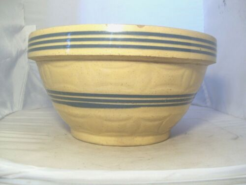 NICE  ANTIQUE DOUBLE, THREE BLUE BANDED PATTERND YELLOWARE BOWL