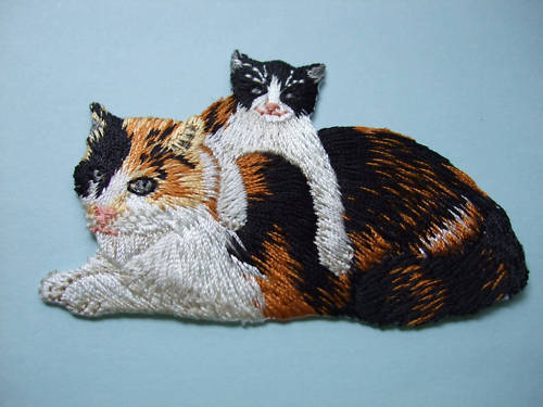 IRON-ON EMBROIDERED PATCH - CAT - KITTEN #2