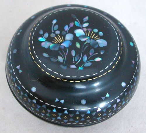 """2.8"""" Chinese LAC BURGAUTE Black Lacquer Box w/ MOP Mother of Pearl & Gold Inlay"""