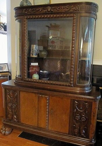 ANTIQUE GERMAN CARVED CREDENZA SIDEBOARD CHINA CABINET CUPBOARD WINE DISPLAY