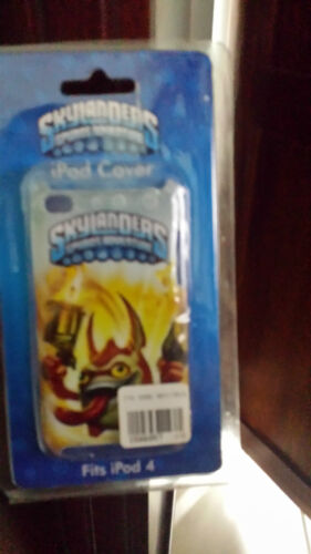 TRIGGER HAPPY SKYLANDERS GIANTS IPOD COVER TO SUIT IPOD TOUCH 4 B10