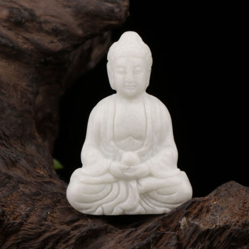 China details jade hand-carved the statue of buddha,delicate statue