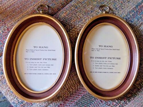 "Matching pr. (2) 6 x 8""  vintage oval hanging picture frames hard plastic+glass"
