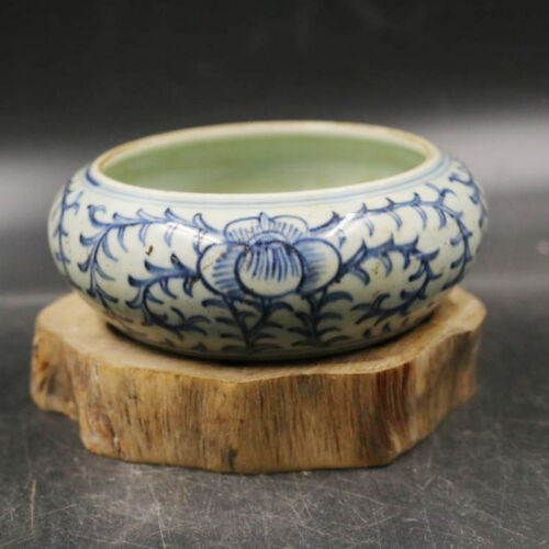 CHINESE OLD BLUE AND WHITE PORCELAIN BRUSH WASHER