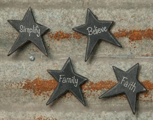 Set of 4 Primitive Star Magnets, Believe, Faith, Simplify, Family, New, Distress
