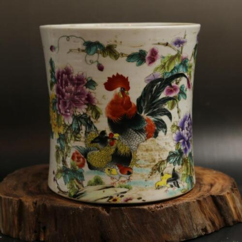 CHINESE OLD MARKED PASTEL CHICKEN FAMILY PATTERN PORCELAIN BRUSH POT