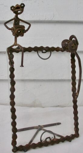 Vintage Abstract Bicycle Chain Tramp Art Frog W/ Camera Rose Picture Frame
