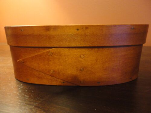 Shaker Style Small Oval Wooden Box