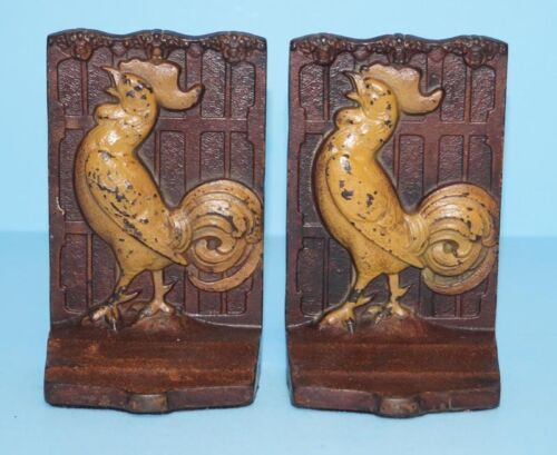 ANTIQUE CROWING ROOSTER CHICKEN CAST IRON BOOKENDS METAL ART CIRCA 1920's