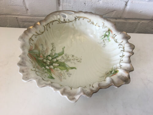 Antique Likely European Ceramic Shell Style Bowl w/ Oak Leaf Acorn & Floral Dec.